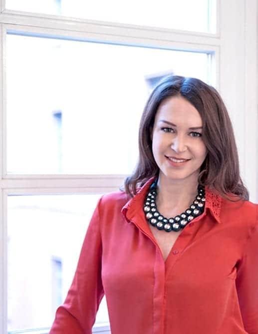 Dr. Katharina Bayer