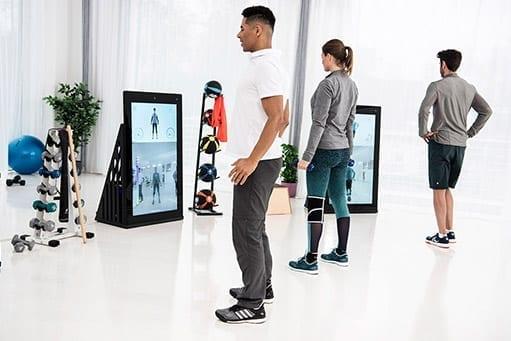 Digitalisierung in der Physiotherapie: Eine Möglichkeit zum Schutz der Patientinnen und Patienten ist eine kontaktlose digitale Therapie mit genügend Sicherheitsabstand